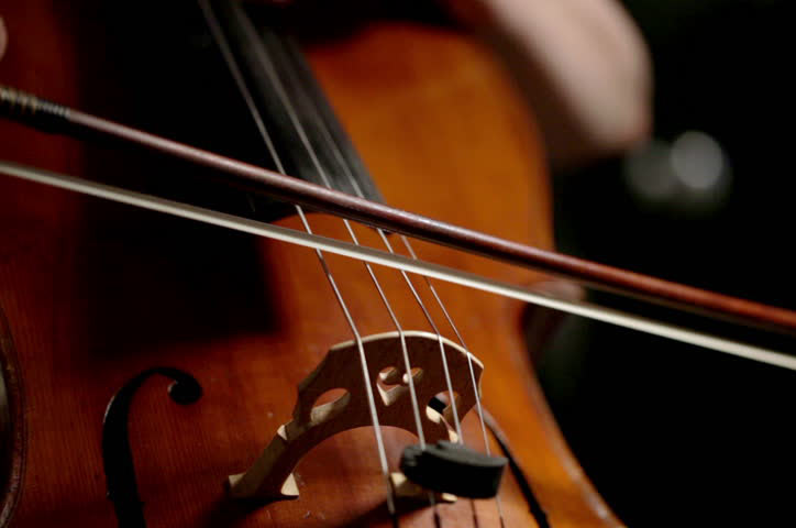 如何给低音提琴换弦,找对方法很重要