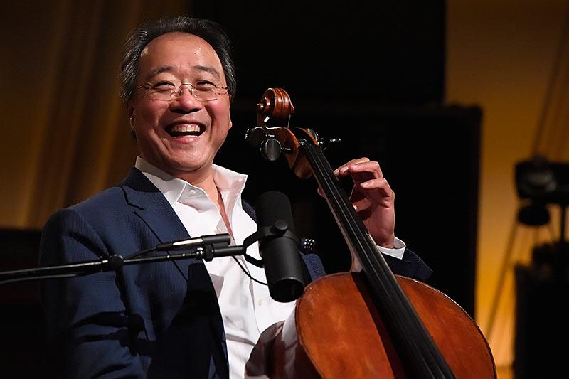 华裔大提琴演奏家马友友