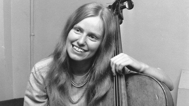 英年早逝的英国大提琴演奏家杰奎琳·杜普蕾