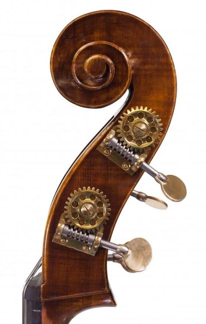 低音提琴琴头