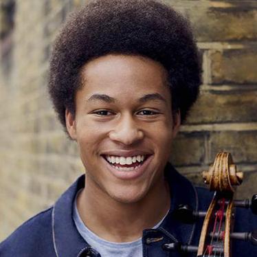 聚焦:大提琴家谢库坎内·梅森