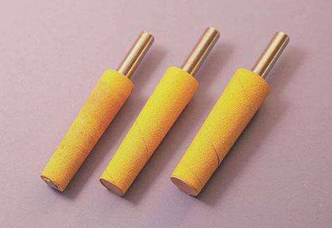 3.不同尺寸的磨料铰刀