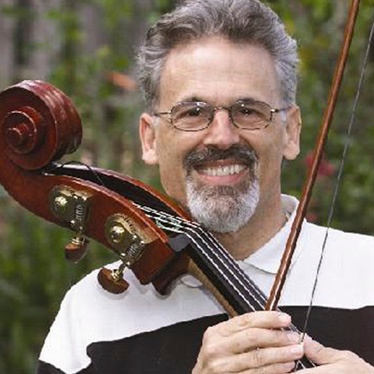 加里卡尔:世界著名的的独奏低音提琴手