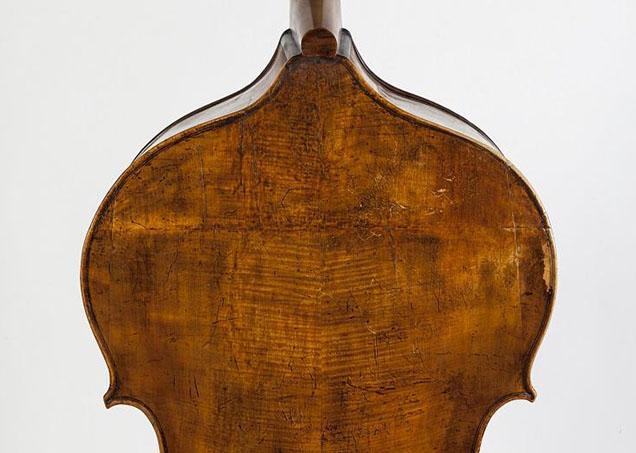 Dragonetti自己的Vincenzo Panormo低音提琴