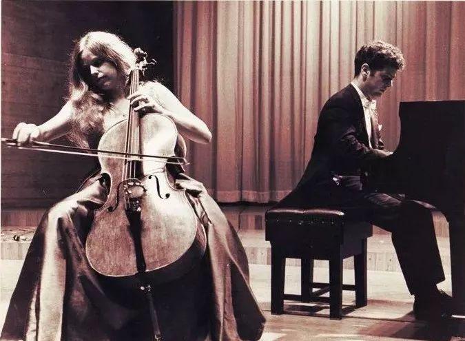 杰奎琳·杜普雷和她的大提琴